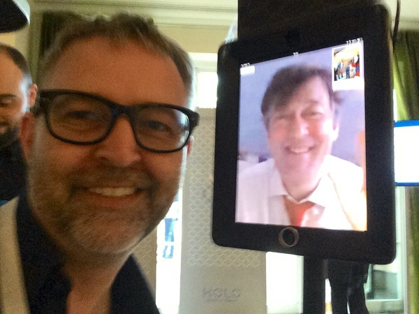 Me meeting the robot version of @stephenfry at #FoundersForum
