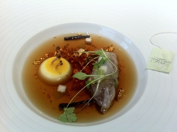 "Fat Duck Mock Turtle Soup, cont. 3) pour broth over turnip ""egg,""truffle, pork cheek dumpling;4)eat"