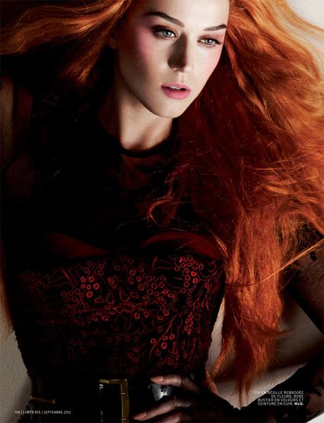 Katy Perry is prachtig!! Zelfs met (lang) rood haar :)