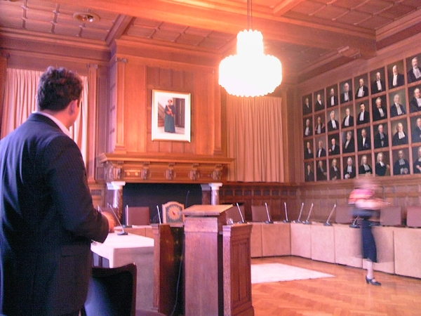 Senate Hall Utrecht University 8 minutes before the ceremony with Lilia's Defense in the spotlights