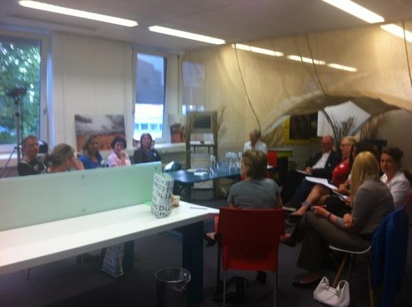 De workshop van  @mgaasterland over loopbaancoaching 'Helder in je Hoofd' heeft veel belangstelling! #fijh #discover033