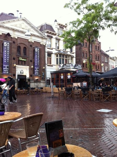 Vroegere stamkroeg the mod pub  #026 is nu freaky eetcafe: 3 gangen menu voor € 12,50. Dat moet een toptent zijn #not