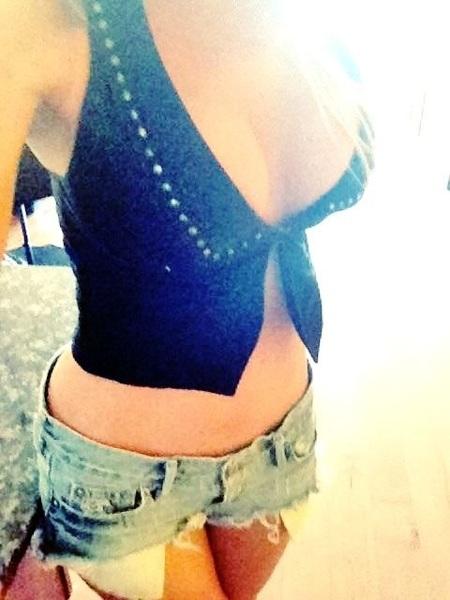 #boobies & daisy dukes :) happy #tittytuesday