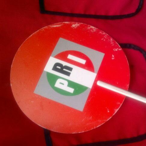 Y aquí una muestra de lo que sale en el video PRIdespensas Veracruz