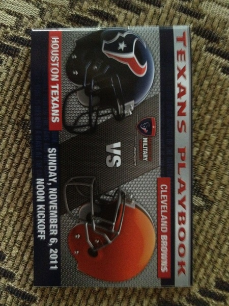 The Texans are leading 27 to 6 with 2 mins left in the 3rd quarter!