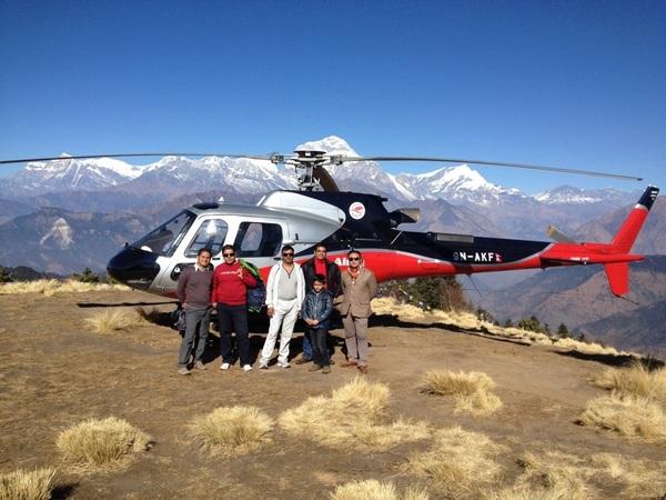 कुनै बेला हेलिकप्टरबाटै हामी पुनहिल पनि पुगियो,नेपाल घुमेरै नसकिने र नथाकिने देश हो