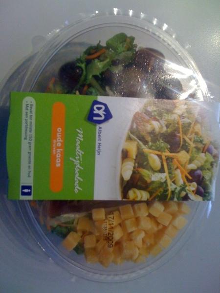 Ik ga 'm gewoon opeten: de salade met oude kaas!