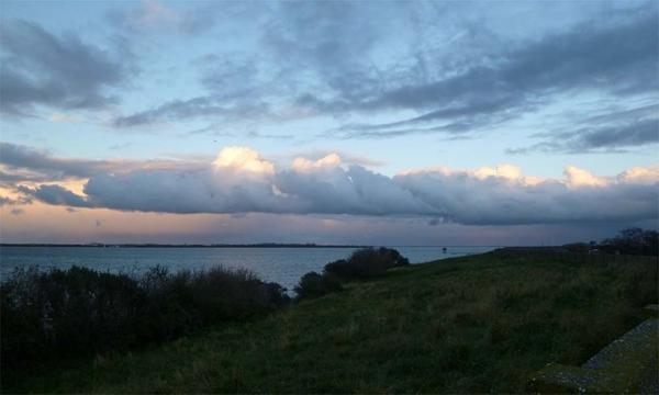 Donkere wolken boven de Grevelingen #lovezeeland