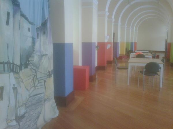 #ciespalmovil Un espacio para que las personas pinten en el Centro de Arte Contemporaneo en Quito #cac