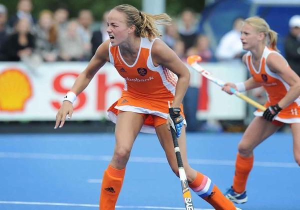 Maartje zorgde met een strafcorner dat Nederland gelijk speelde in de vierde interland tegen China #ziningoud