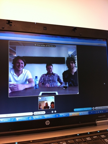 skyping with the Dutchies from Budapest #SanomaMediaNL