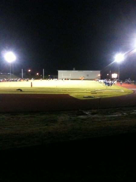 Cove vs Sherman H.S. in a 8-man State football playoff game in Moro, Oregon. #cold
