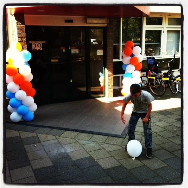 Het gaat beginnen! Wijkcentrum Vredenburg is al helemaal in de stemming. #fal2011 #nuarnhem