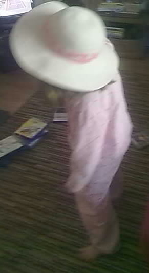 4yr old daughter rockin' out in her groovy gear to @the_vaselines in the living room...