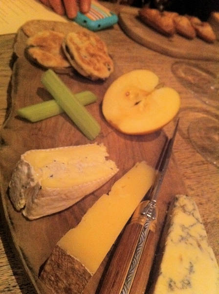 Harwood Arms: beautiful English cheeses (amzg sheep milk Stichelton blue) w oat cakes &warm Welch cakes