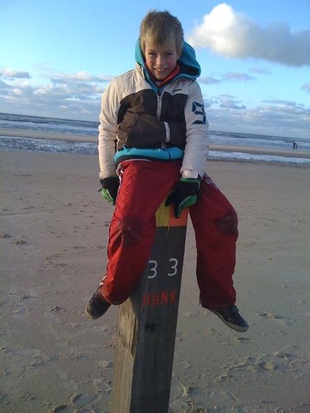 Beachpole 33!