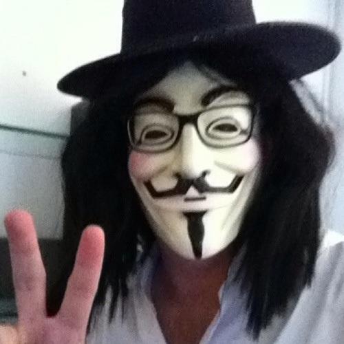 RT @KeithOlbermann Happy Halloween!  •Hey! I just saw that dude..!