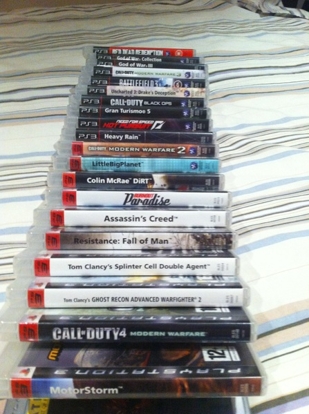 Toch een aardige game verzameling opgebouwd de laatste jaren.. #Playstation3 - De NES/SNES/PSP laat ik achterwege..