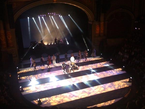 Great show by Ellen ten Damme in Carre Theatre