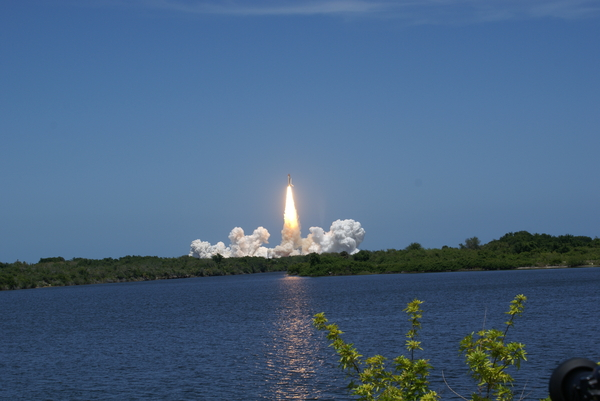 Launch STS-132