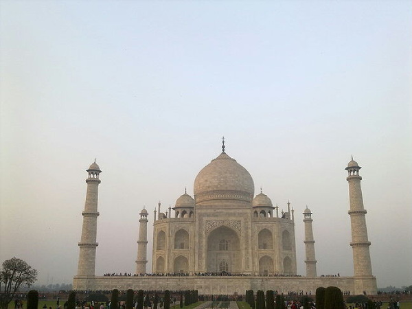 Taj Mahal is the symbol of Love. #rtwnow #India #TajMahal