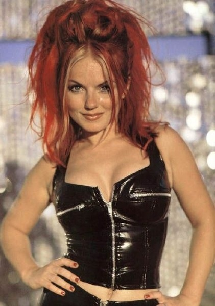 We love @GeriHalliwell go back to doing Page3 again Geri! ❤ #xfactor