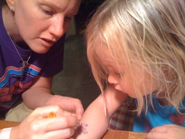 Getting a SarBar tattoo