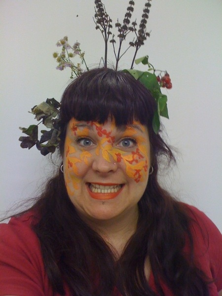 Face paint by @maruti_bitamin. Hair accessories by mother nature. Goofy face: me.