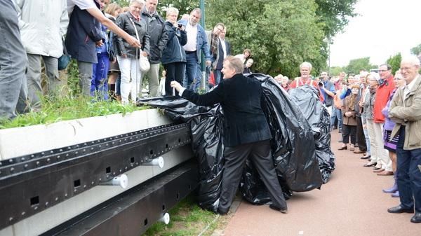 Zondagmiddag kwam @huibvanolden de #Fransen #Molenroeden onthullen in #rosmalen