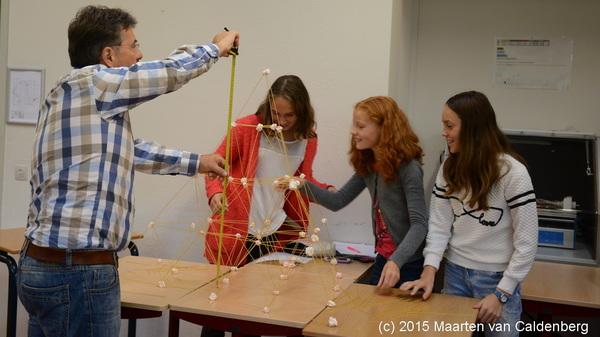 Leren is niet alleen leuk, ook #lekker! Toren van spaghetti en spekjes @rodenborch #rosmalen #onderwijs