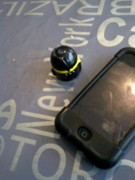 Ai-ball camera van trek2000 incl wifi en batterij met iphone app en webserver kleiner dan luciferdoosje €40 op cebit