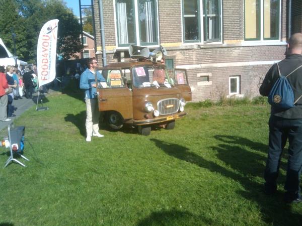 Food4you: kleinste rijdende dj-booth