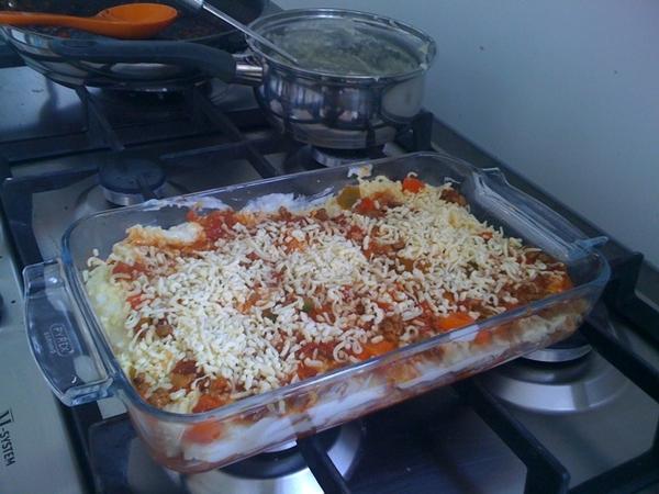 Surprised myself making lasagna after quite a bit 'orange' beers....