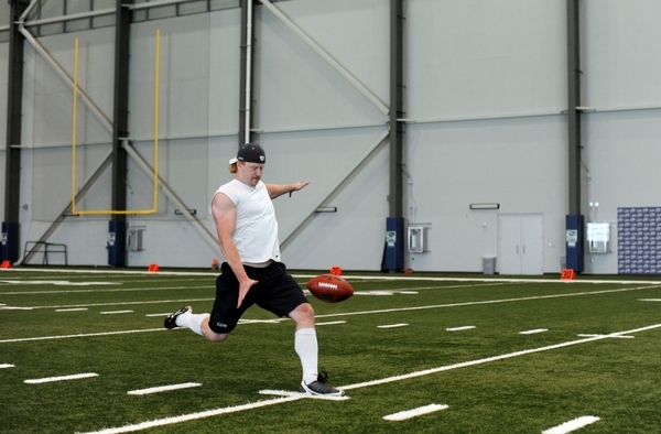 Punter Jon Ryan isn't wasting any time, as he's getting in some work today at VMAC (pic by @rodmarphoto)