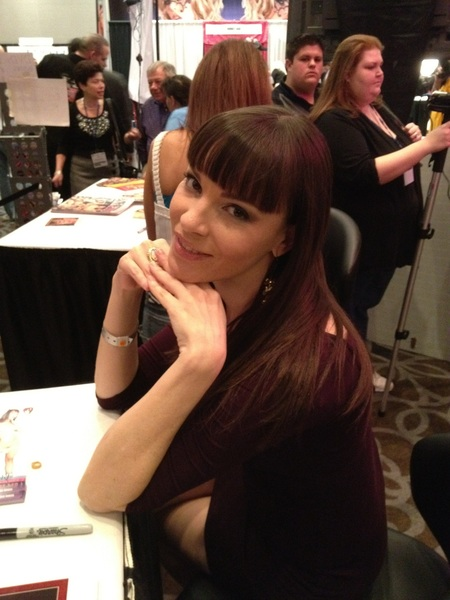@danadearmond humors us for a pic. Thanks, Dana!!! ;)
