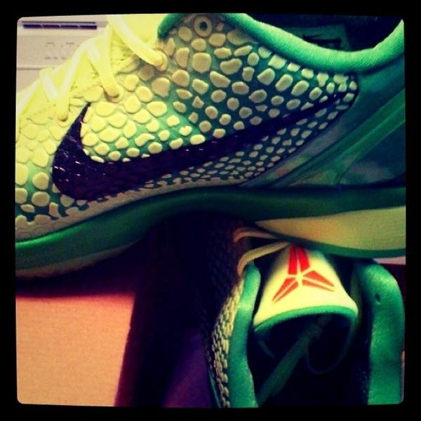 "@kicksonfire it's only right! #checkmyfootwork ""You're a mean one... Mr Grinch"" haha"