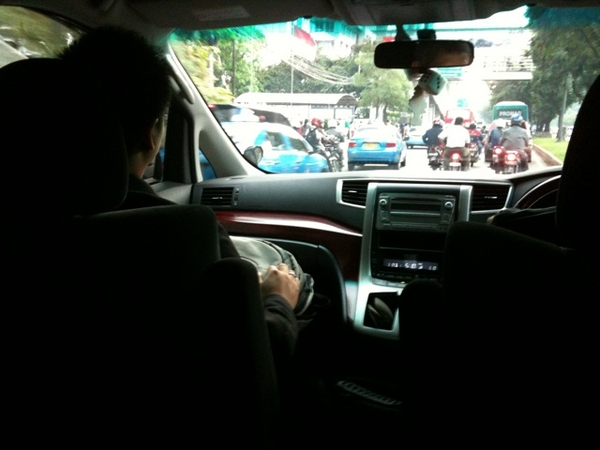 In alphard on the way to party