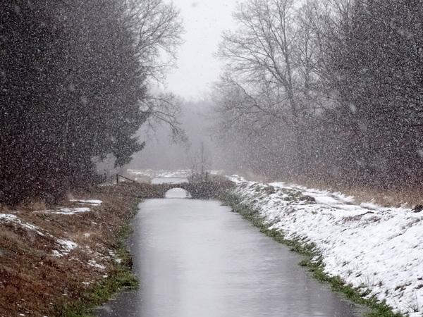 Het sneeuwde ook in Twente vandaag. 14-01-2017 #buienradar