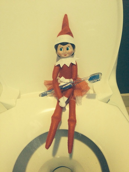 Our office #elfontheshelf knows what old toothbrushes are for! Do you? http://bit.ly/JkAAIN