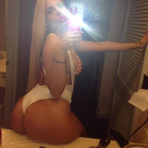 autofoto #latinas #mujeres #bellas #ass #culos #booty #sexy #vecinas #fotos #modelos