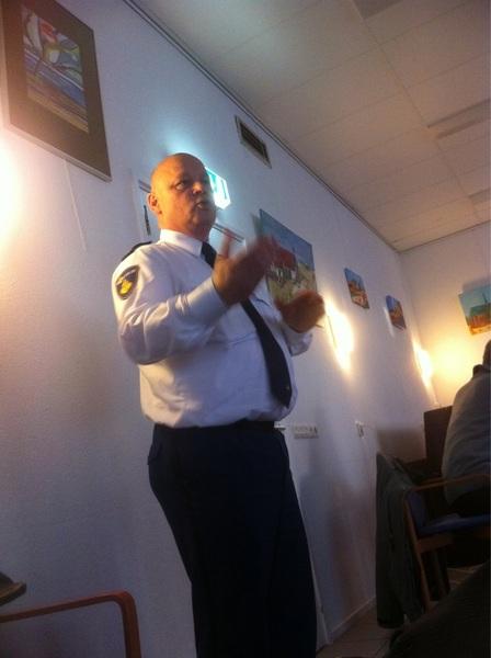 Politiechef @JaapdeKok houdt gloedvol betoog over inbraak-preventie en de feiten&cijfers. #PKVW #politiekeurmerk