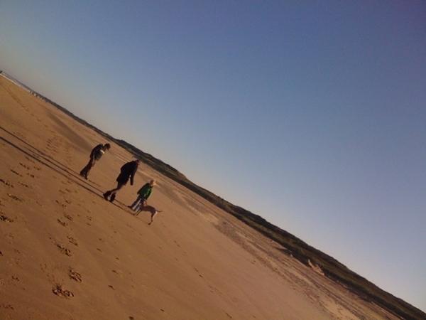 Heerlijk op het strand!!