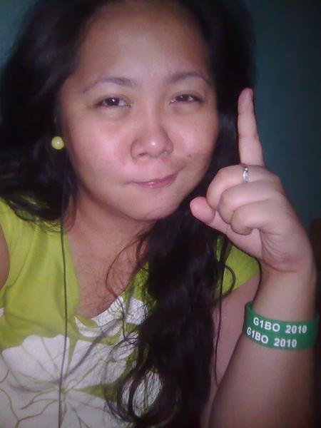 Green earrings, green blouse, Gibo baller band. Go Green Team! Go Team G1BO ! @giboteodoro
