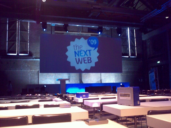 Need an ethernet cable tomorrow find @mdbraber :-) #tnw