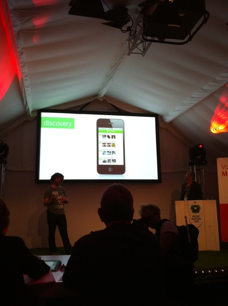 Presentation from @panman and @Frackers for @SkylinesHQ at #vmclicks at #picnic2011