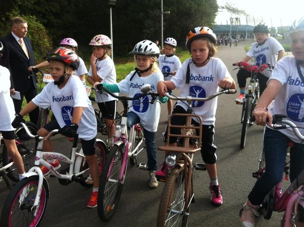 Meisjes 7-8 jaar staan klaar voor hun race! #RaboDBR #rabobank