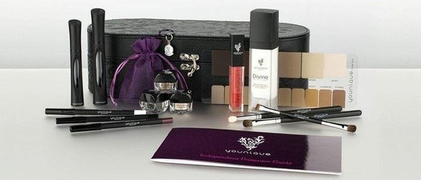 I have room for 3 new presenters with # Younique!  Www.beautybykimmykat.com New presenters kit w/ enhanced 3Dmascara