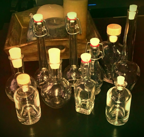 Yay! All my potion and poison bottles arrived in one piece ^^ #EFF #costume