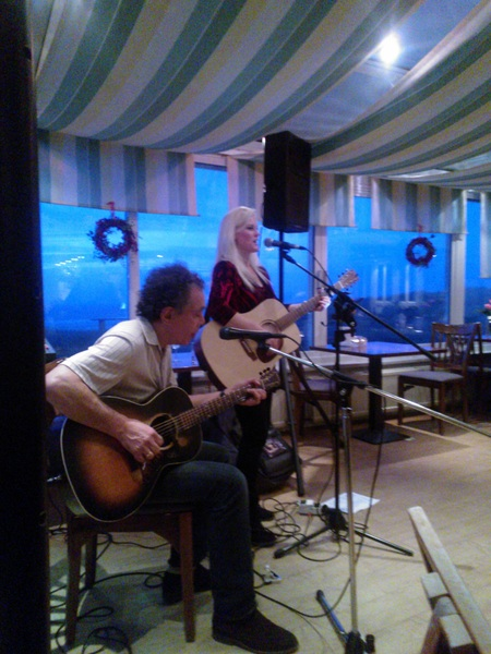 #Pam #McBeth en #Chris #Koenen waren vanmiddag weer in Hotel #Savoy, Katwijk. Genoten!
