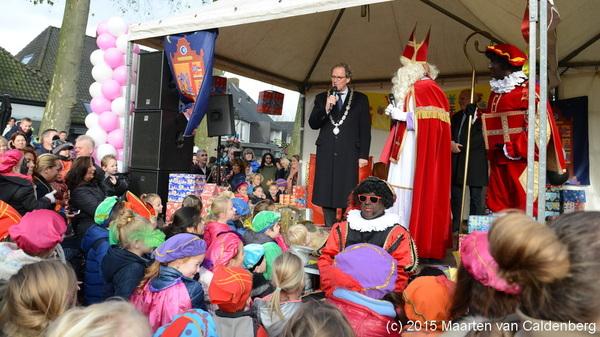 Vandaag kwam #burgemeester #rombouts van @shertogenbosch #sinterklaas verwelkomen in #rosmalen